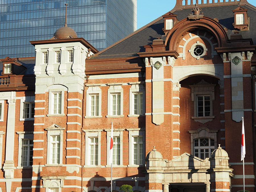 東京駅外昼