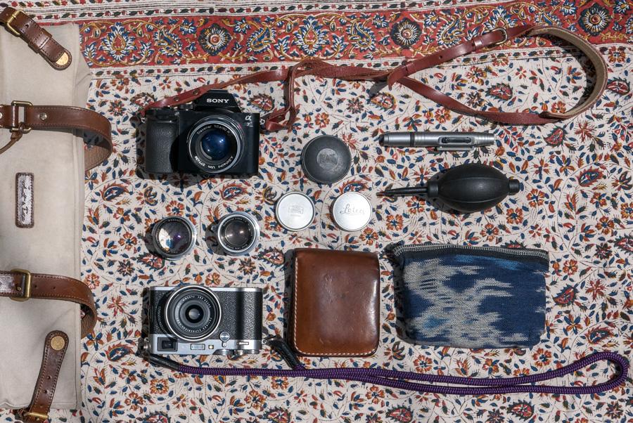 マップカメラスタッフのカメラバッグの中身を大公開!