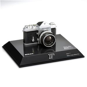 Nikon (ニコン) 100周年記念 ミニチュアカメラ ニコンF(1/2スケールモデル) メイン