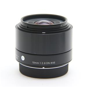 A 19mm F2.8 DN (マイクロフォーサーズ用) ブラック