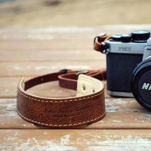 オイルレザーカメラストラップ クラシックブラウン