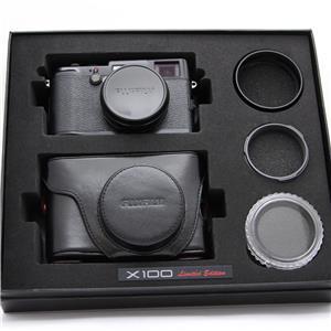X100 BLACK リミテッドエディション