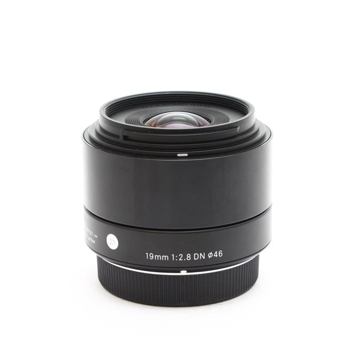 A 19mm F2.8 DN (�}�C�N���t�H�[�T�[�Y�p)